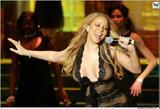 Mariah Carey I guess she cares about the handicapped as well.... Foto 244 (Марайа Кэри Я думаю, она заботится о недостатках, а .... Фото 244)