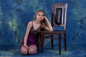 http://img13.imagevenue.com/loc349/th_271556873_tduid300163_Silver_Starlets_Katenka_Purplelingerie_1_044_122_349lo.jpg