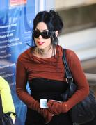 Kat von D flies out of LAX Airport 17-10-2010