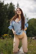 http://img13.imagevenue.com/loc574/th_354873512_isabella025_073_123_574lo.jpg