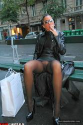 [Image: th_032894878_tduid2978_Pantyhose_Outdoor...3_93lo.jpg]